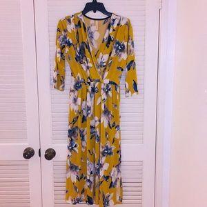 EUC Mustard Long Sleeved Midi Dress - L